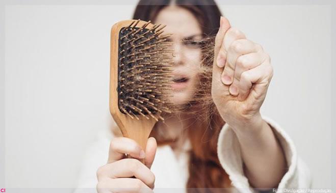 Read more about the article Como tratar queda de cabelo: 4 dicas para evitar