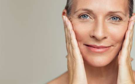 Read more about the article Entenda quais são as fases do envelhecimento da pele